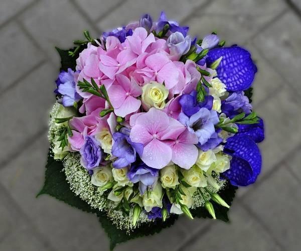 Свадебные букеты для невесты фото из роз