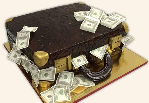 Подарочный торт из денег