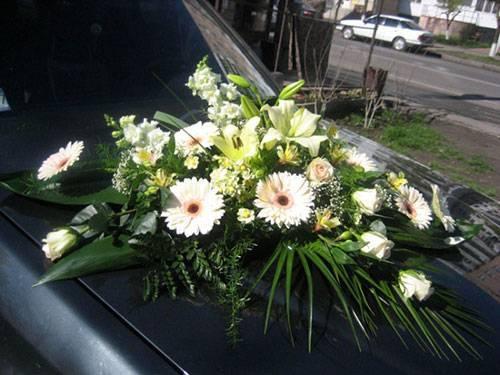 Украшение машин на свадьбу своими руками фото 16