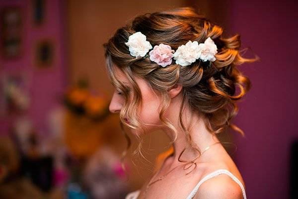 Прически свадебные на средние волосы видео