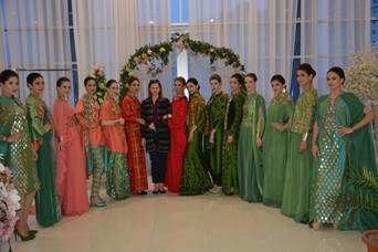 Туркменские платья