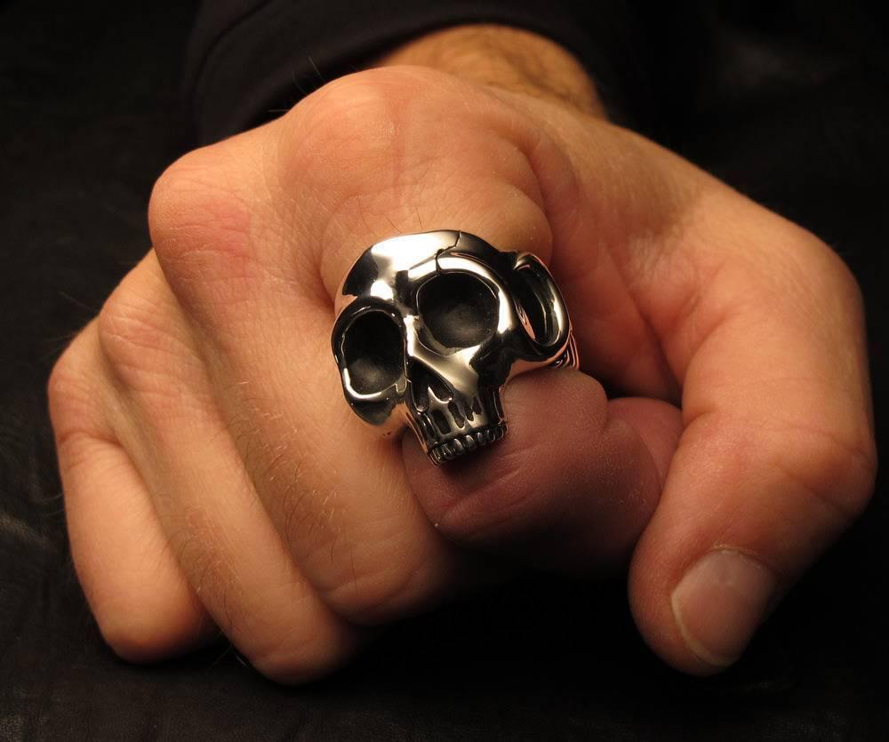 На каком пальце носят кольцо женатые