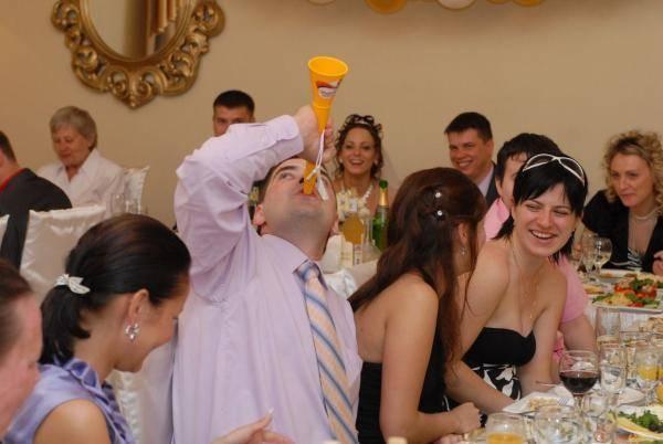 Свадебные кричалки смешные