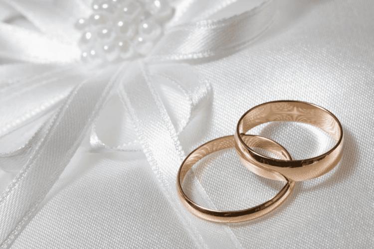 Зачем считают на свадьбе когда целуются