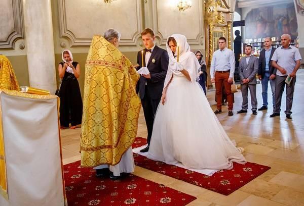 Наряд для венчания для женщины