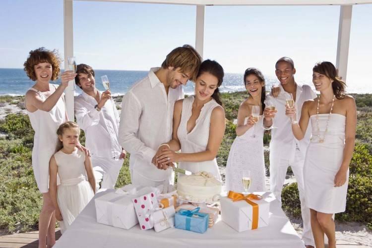 Как встречают молодых после загса родители жениха