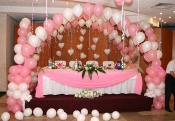 Украшение стола жениха и невесты