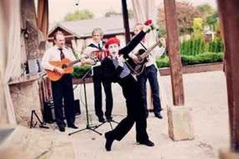 Заводные песни на свадьбу